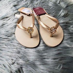Havaianas Shoes - Havaianas flip flops size 6